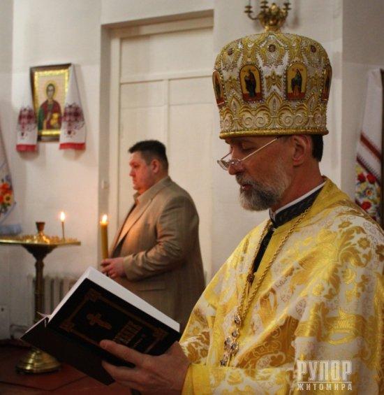 У свій день народження губернатор Житомирщини пішов до церкви. ФОТО