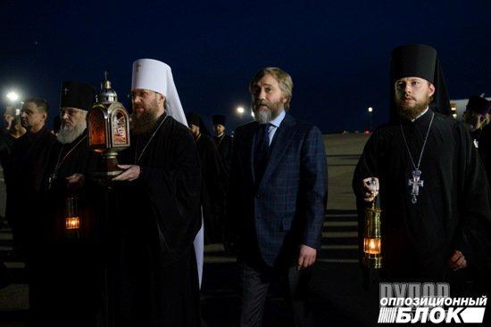 Юрій Павленко привіз на Житомирщину Благодатний вогонь. ФОТО