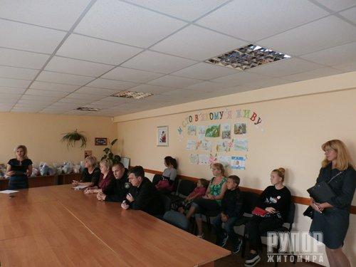 У Новограді-Волинському школярі ділилися з правоохоронцями своїми планами на майбутнє. ФОТО