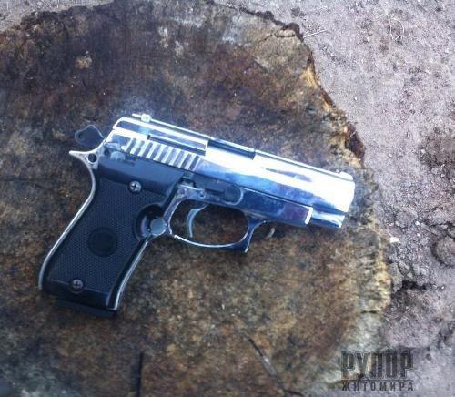 Стрілянина на Житомирщині - є поранений