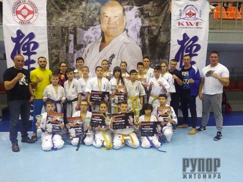 На чемпіонаті України з кіокушинкай карате KWU житомирська команда виборола 14 медалей