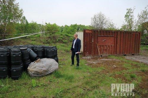 В Олевську продовжують перезатарювати шкідливу речовину у сертифіковані ємності – голова РДА
