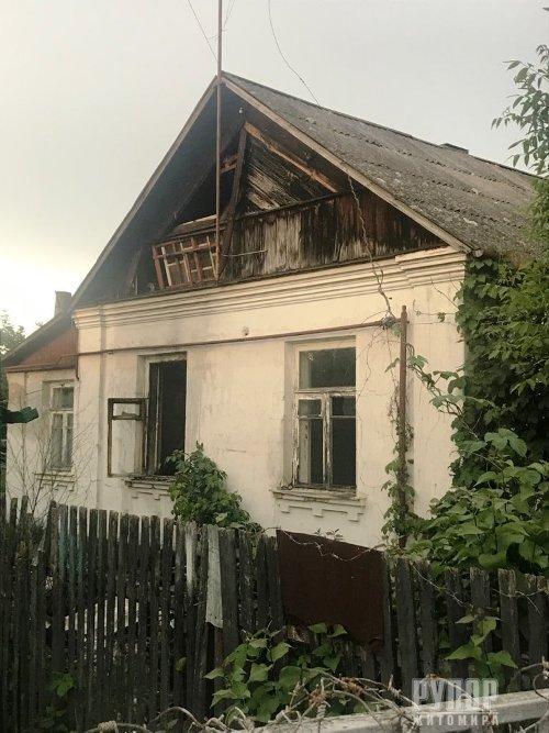 У Житомирі горів приватний будинок. ФОТО