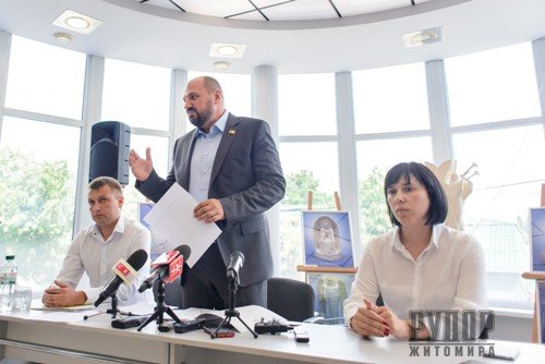 Борислав Розенблат готує позов проти НАБУ на 100 млн. грн., які віддасть на ремонт доріг у Житомирі