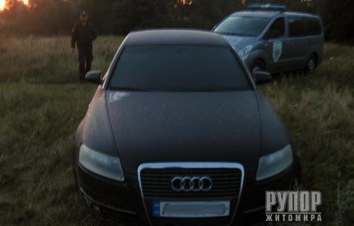 Моторошна трагедія на Житомирщині: Поліцейські розслідують вбивство дружини та самогубство чоловіка. ФОТО