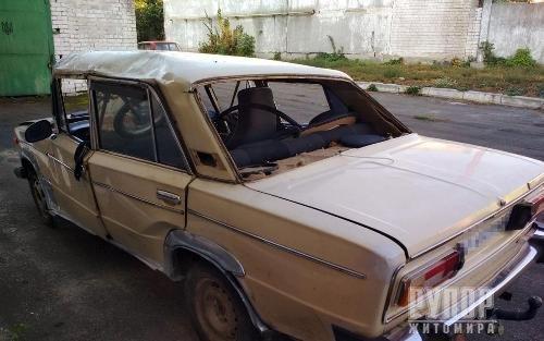 На Житомирщині в ДТП потрапили двоє підлітків, які «взяли покататися» автівку у рідних