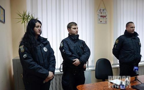 У Житомирі офіційно запрацювали мобільні групи поліції з протидії домашньому насильству