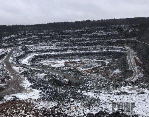 СБУ виявила незаконний видобуток 500 тисяч кубічних метрів граніту на Житомирщині