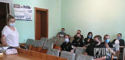 Поліцейські Житомирщини пройшли тренінги по роботі з уразливими категоріями громадян