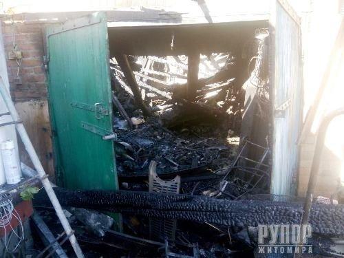 За минулу добу рятувальники ліквідували дві пожежі в Бердичівському районі
