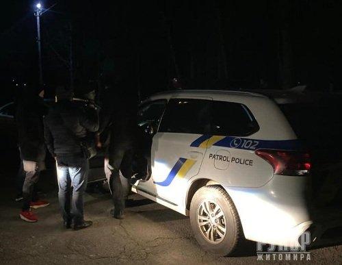 На Житомирщині на хабарі у 10 тис. грн затримано патрульних